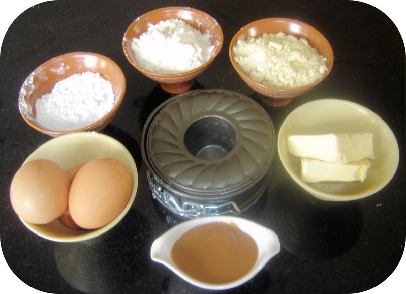 oeufs 70g de farine 60g de beurre fondu 125g