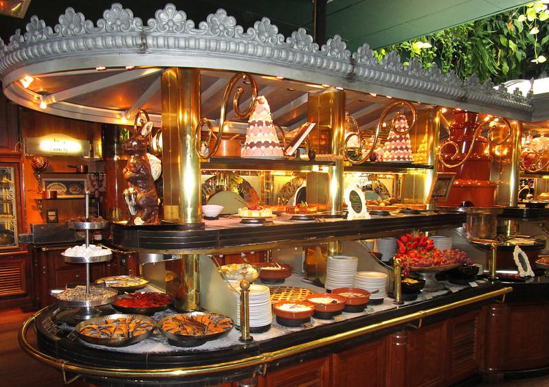 Le Grand Restaurant Grille