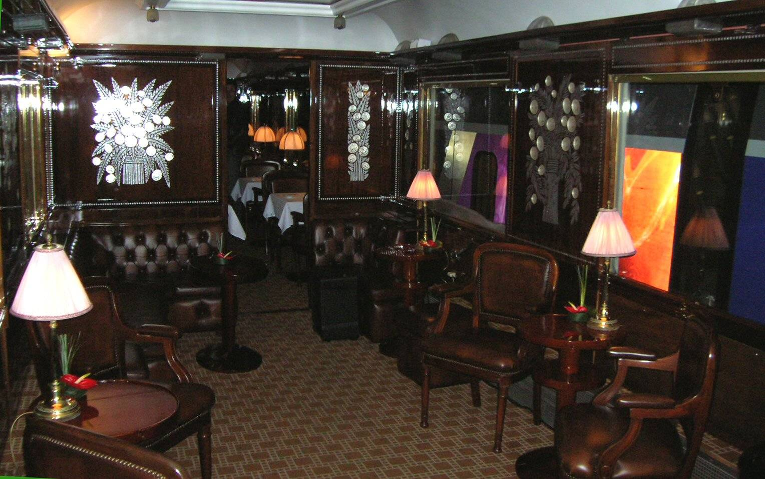 Orient_Express_Salon_bar