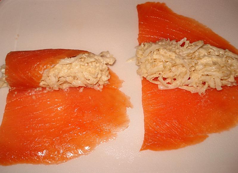 Roul s de saumon fum au c leri for Hors d oeuvre avec saumon fume