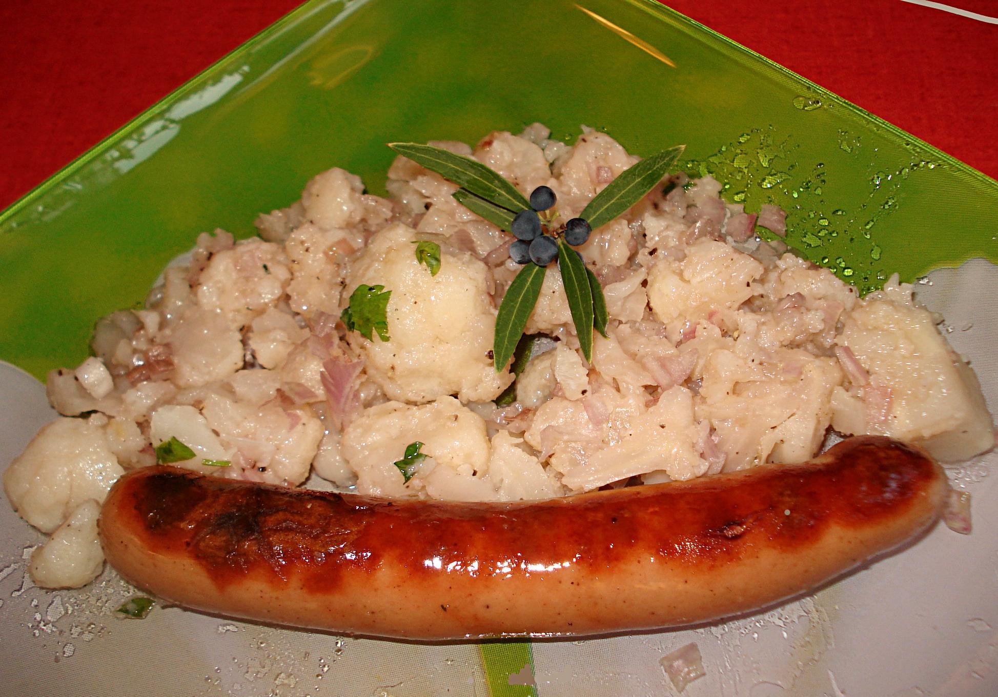 Très Saucisse de Strasbourg grillée et salade de Chou-fleur HQ37